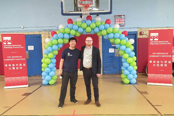 LWS Homecare team member Donovan Malloy with CPC event organizer Lenny Cheng.